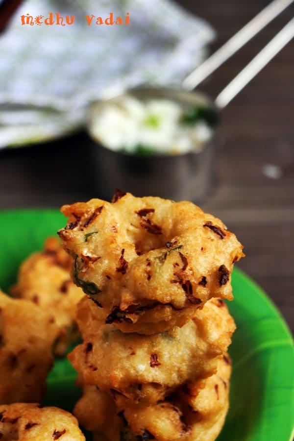 Medhu vadai recipe, ulundu vadai recipe with cabbage
