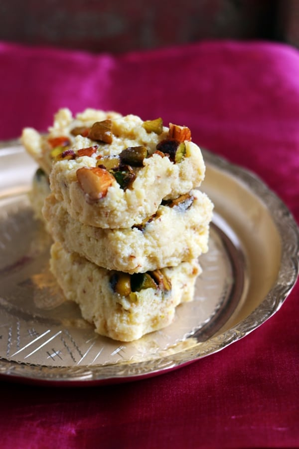 kalakand recipe in 10 minutes | Quick and easy desserts
