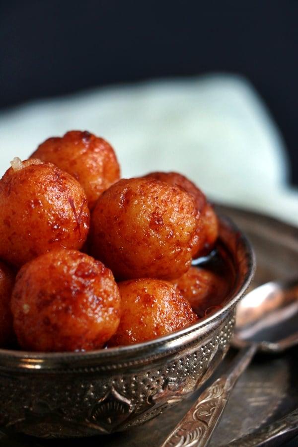 Paneer gulab jamun recipe | Easy dessert recipes