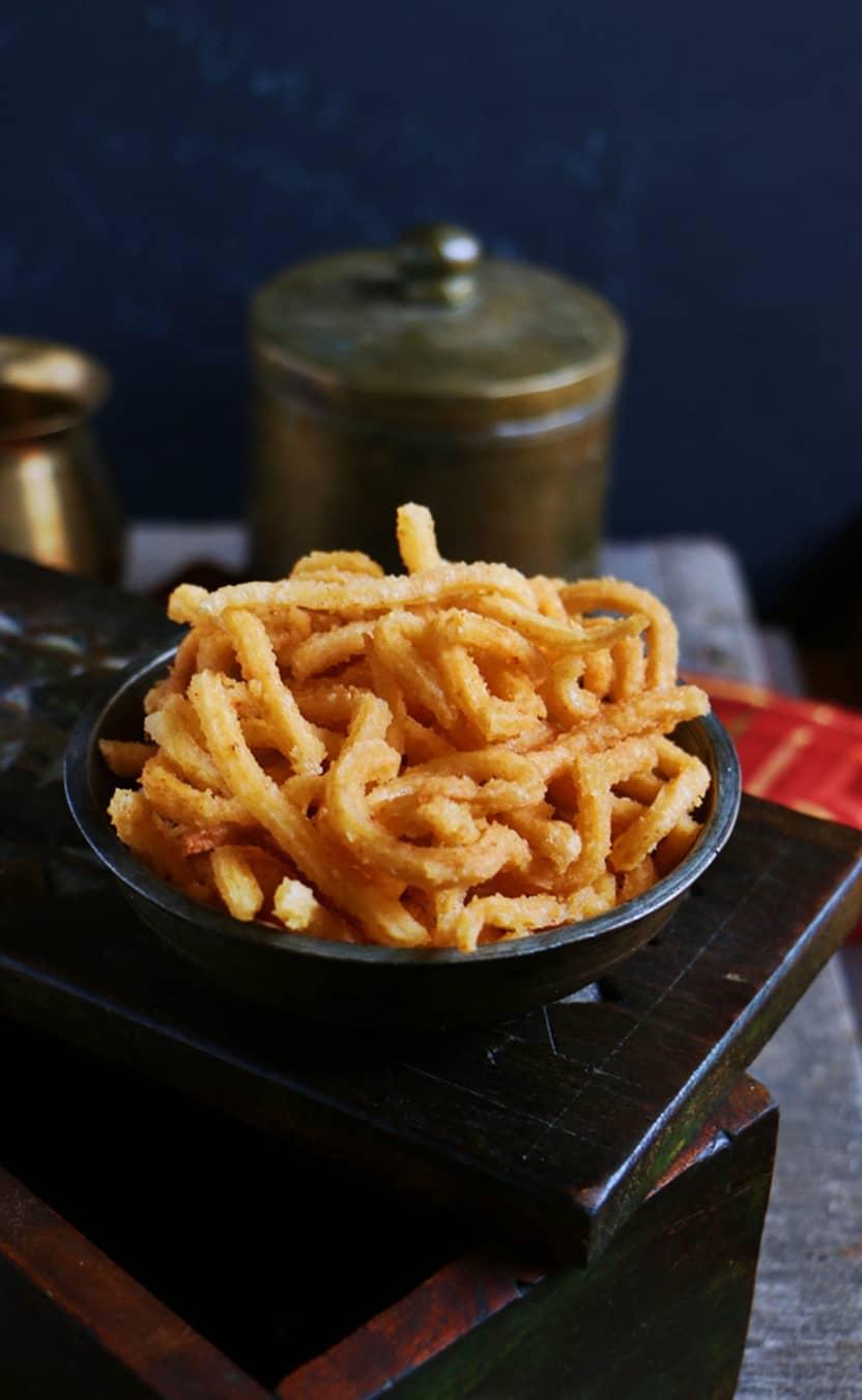 Rava murukku recipe | Diwali 2015 snacks recipes