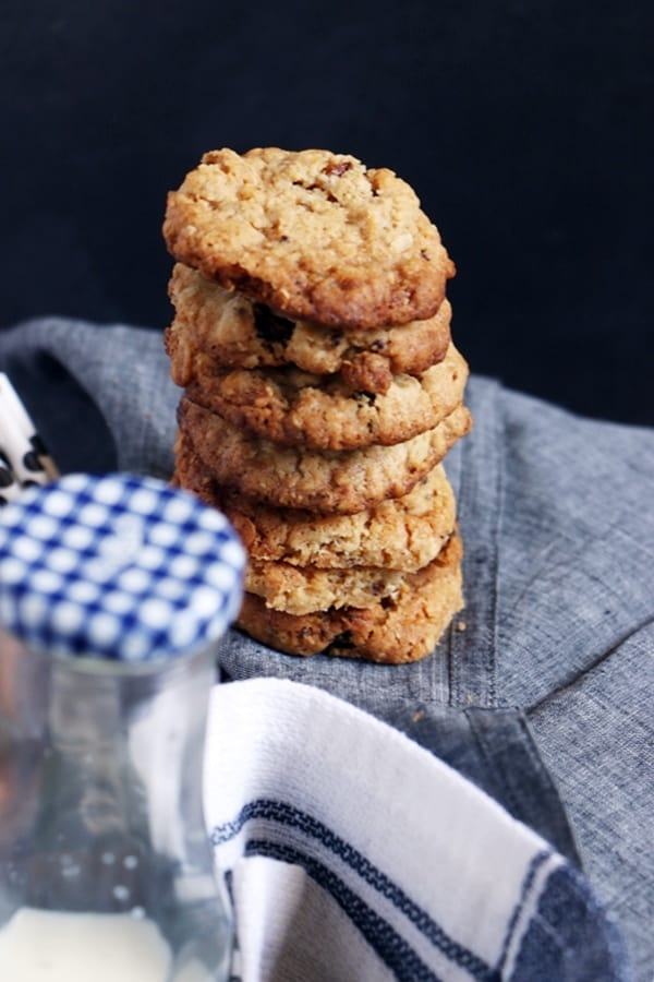 Oats cookies recipe   Eggless oats raisin cookies