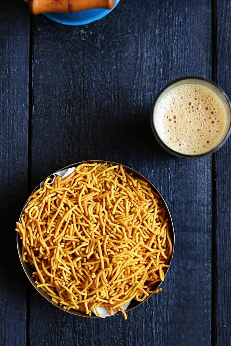 Aloo bhujia recipe | Diwali 2016 snack recipes