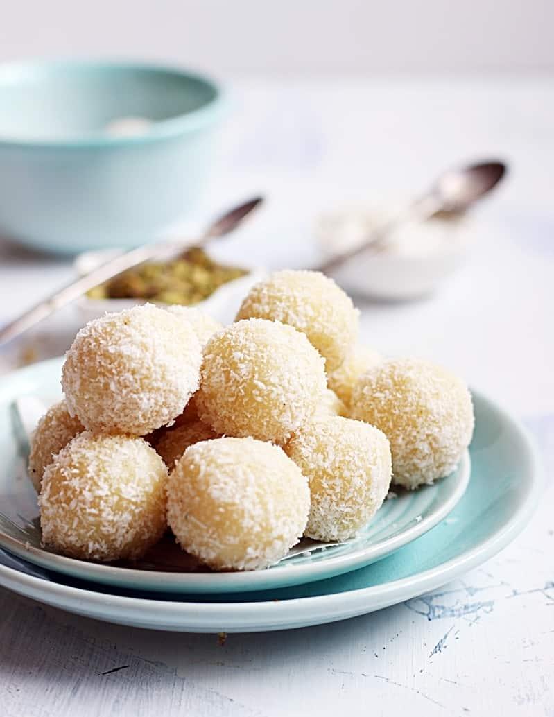 coconut ladoo recipe with khova | Mawa coconut ladoo recipe