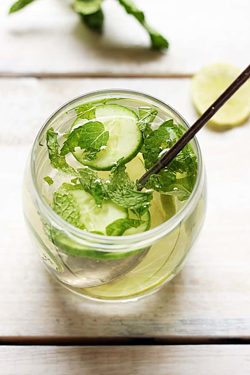 Cucumber lemon detox drink recipe