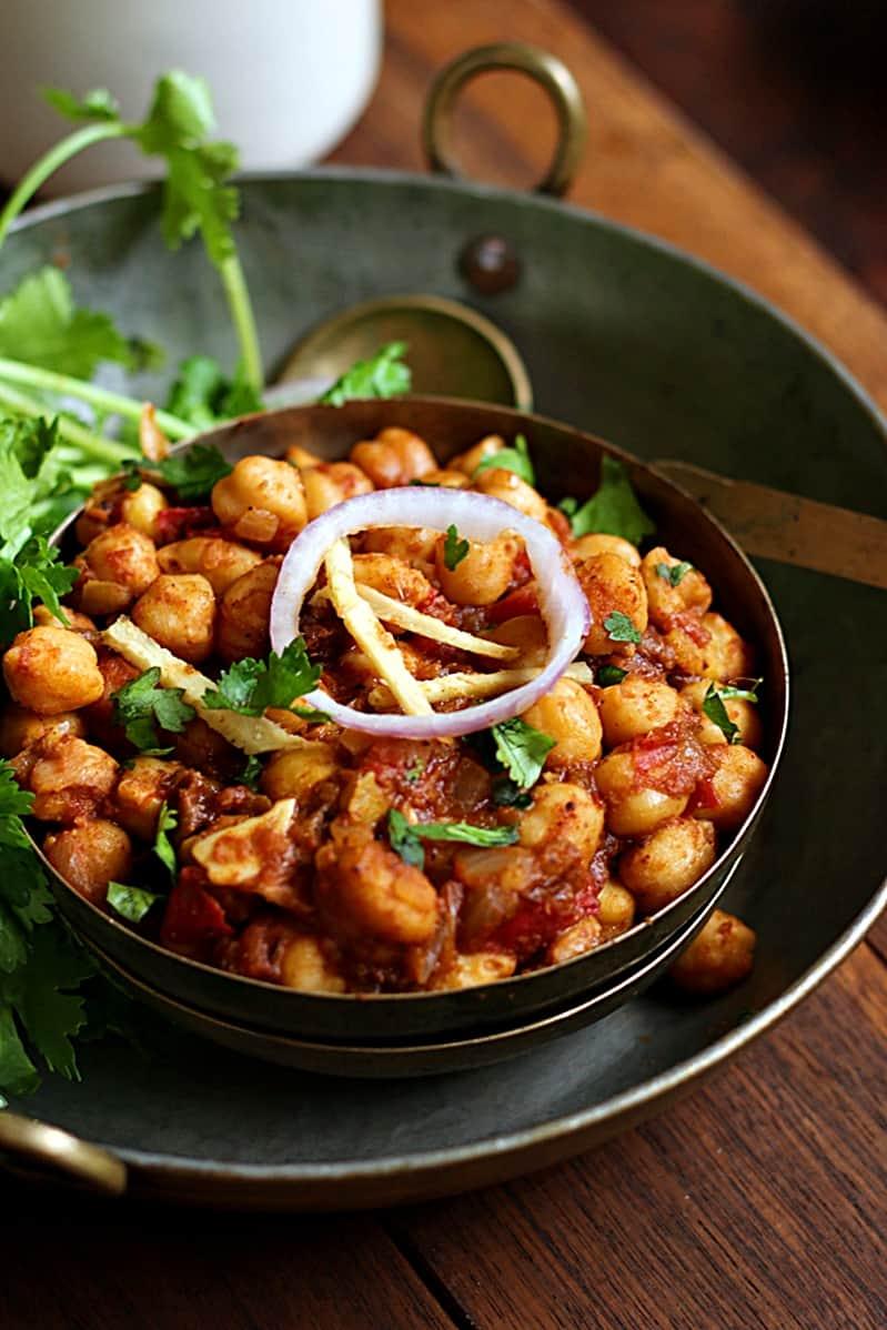 Chole recipe, how to make punjabi chole recipe | Chole masala recipe
