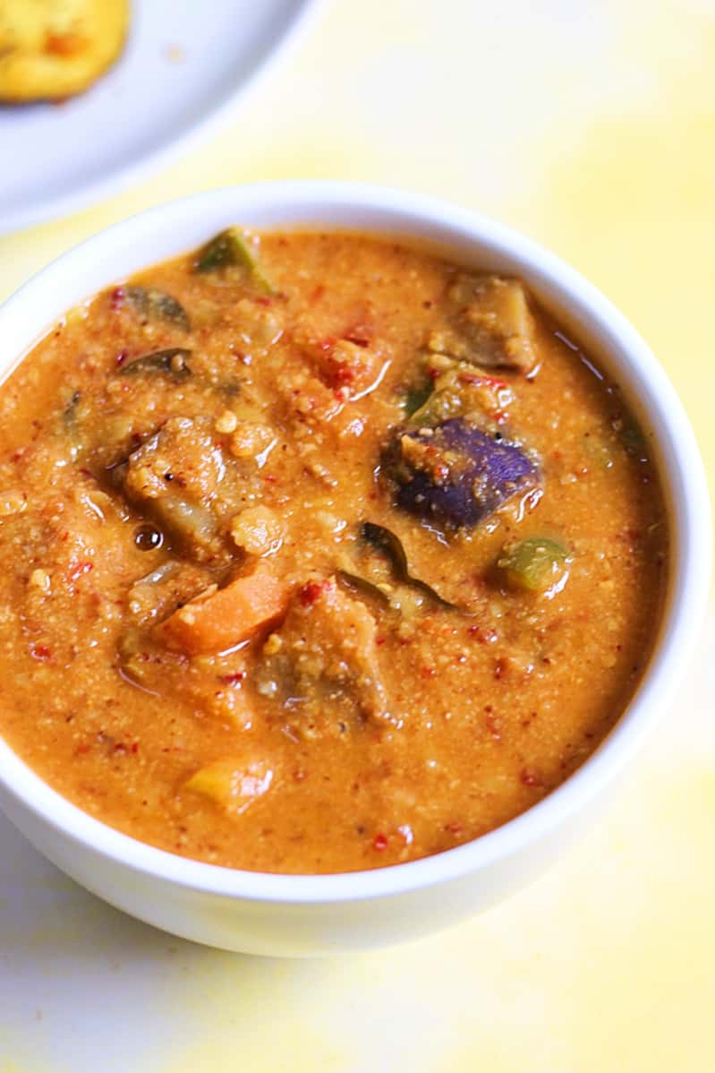 varutharacha sambar recipe, how to make kerala varutharacha sambar recipe